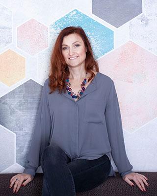 Anya Piatkowska -transformational coach and life strategy therapist.